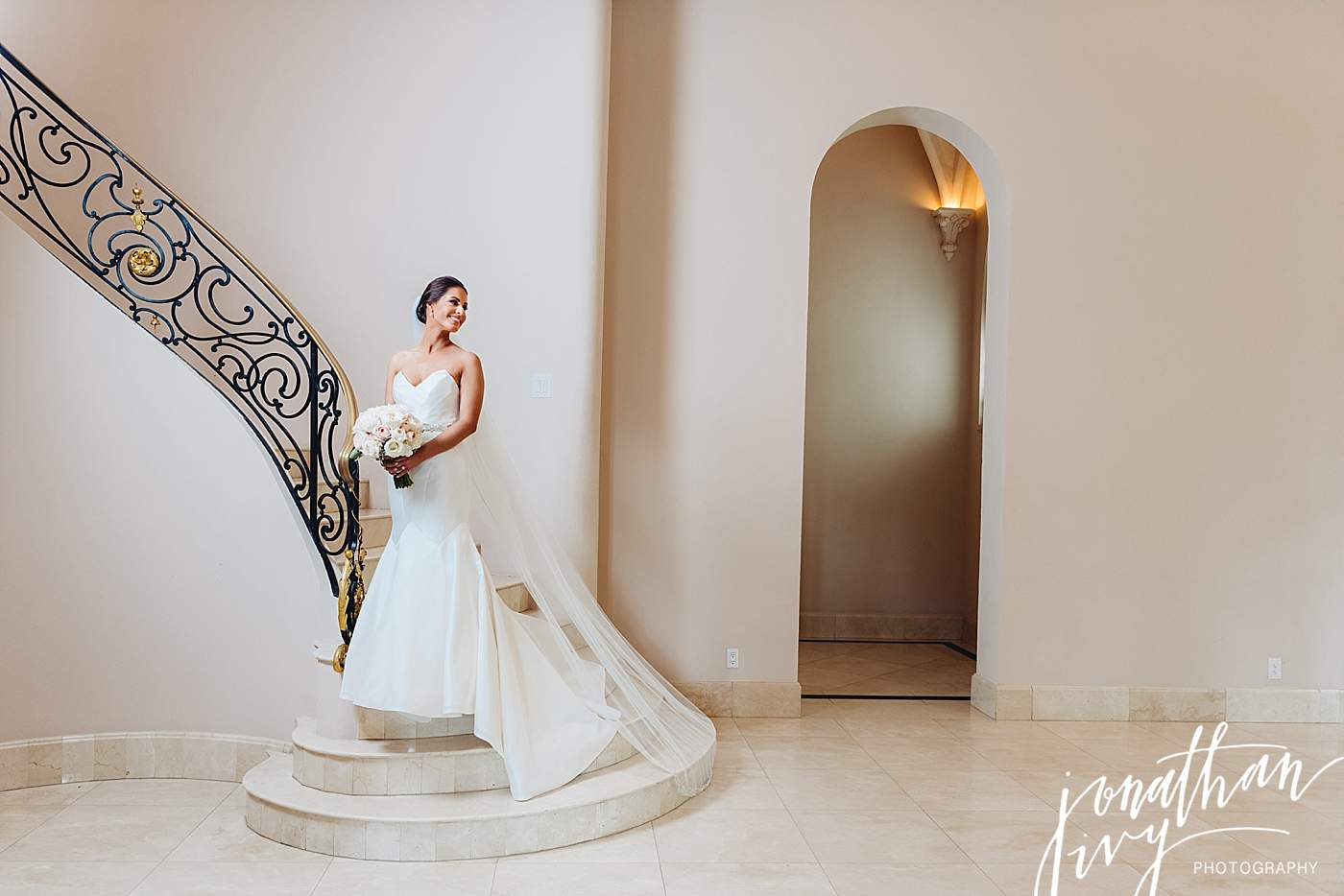 Luxury Wedding Photographer in The Woodlands