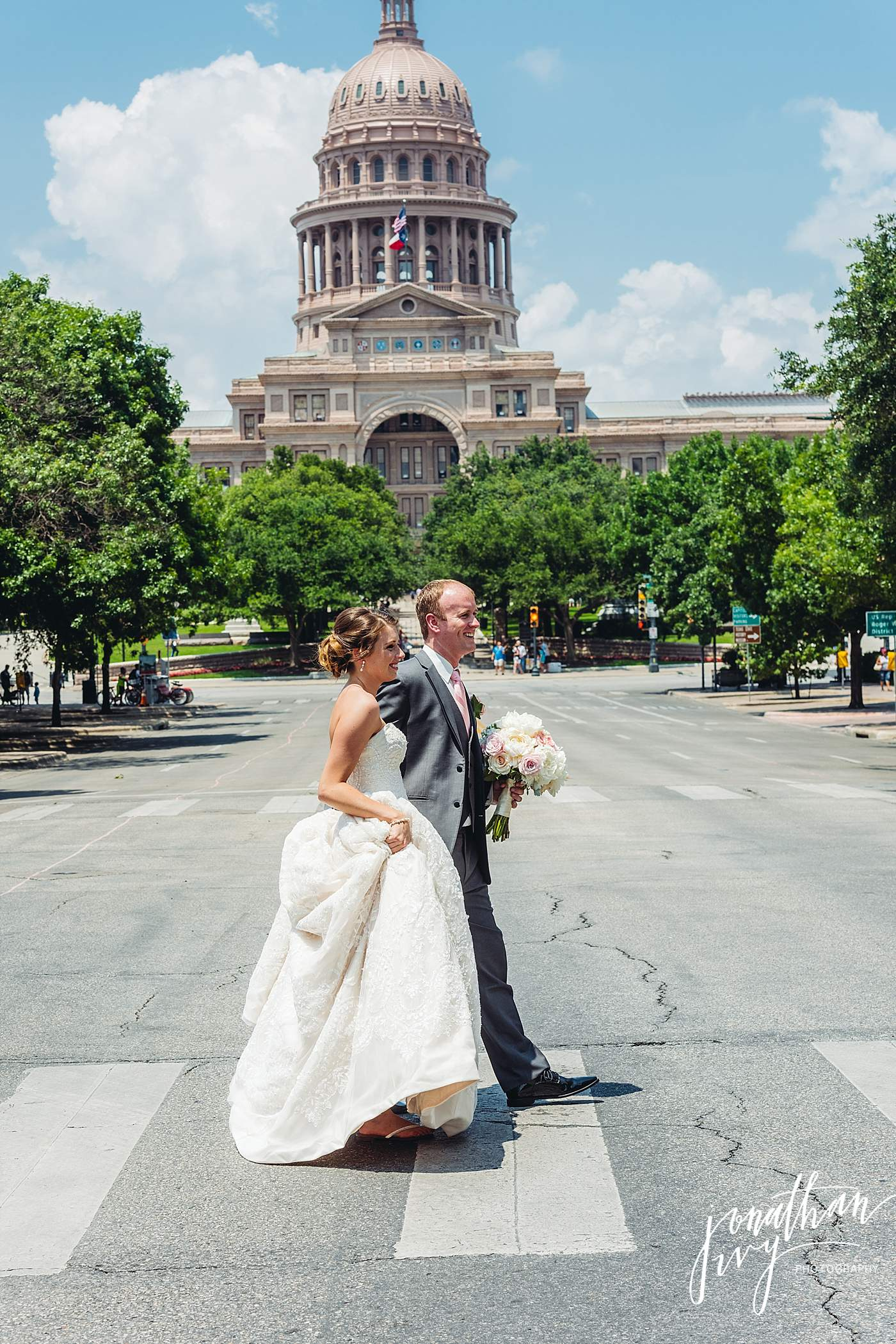 Bride and Groom Austin Capitol Building