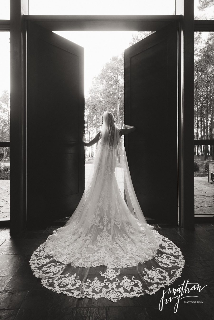 Bridal at Chapel in the Woods
