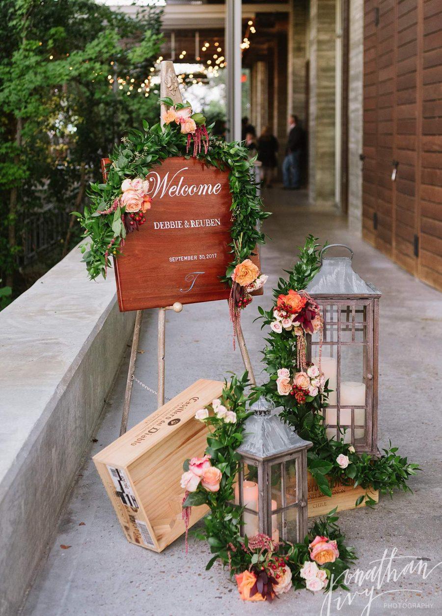 Wedding Entrance Sign Decoration Idea